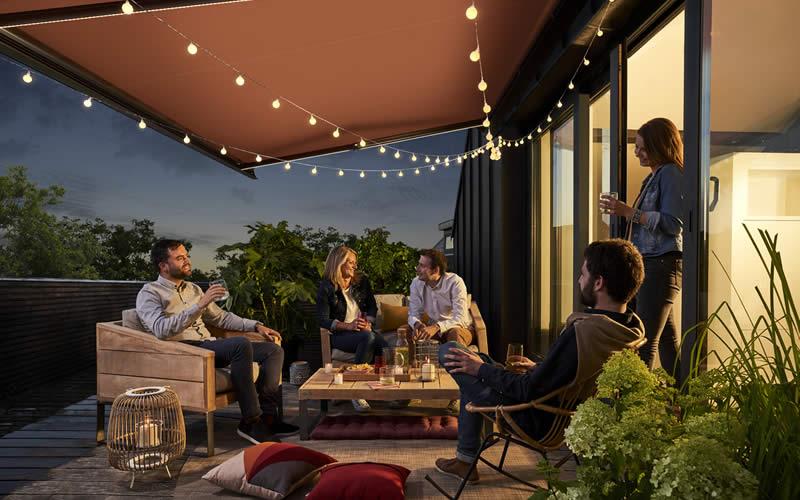 store-banne-terrasse-entre-amis-800x500